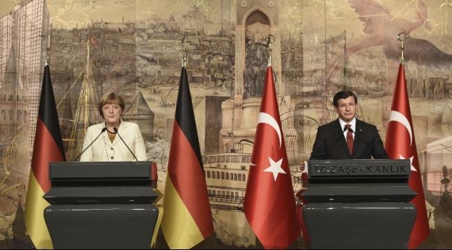 ميركل بعد المحادثات مع تركيا: أحرزنا تقدمًا بخصوص قضية المهجّرين