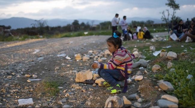 المهجّرون على الحدود: افتحوا البوابات