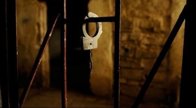الاحتلال يجدد الاعتقال الإداري لثلاثة أسرى