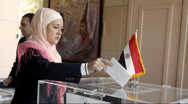 الانتخابات المصرية: رشاوى واشتباكات وسوء تنظيم
