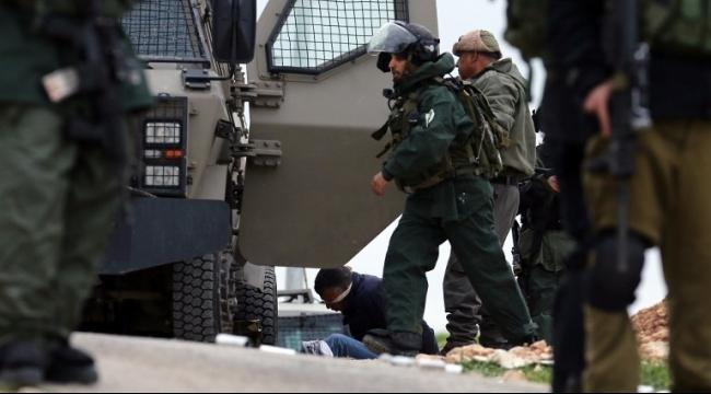 قوات الاحتلال تعتقل العشرات في الضفة الغربية والقدس