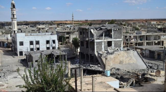 سوريا: مجزرة في تلبيسة وقطع طريق إمداد للنظام