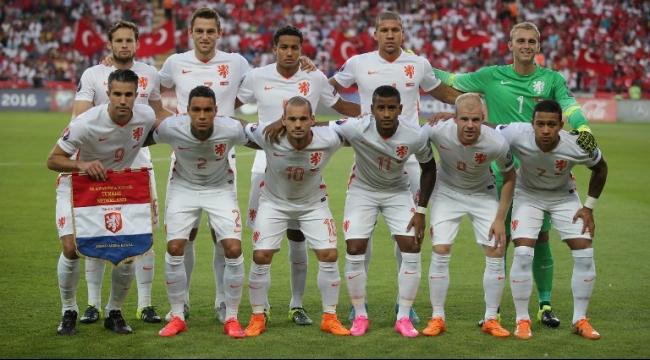 المنتخب الإنجليزي يواجه نظيره الهولندي ودياً