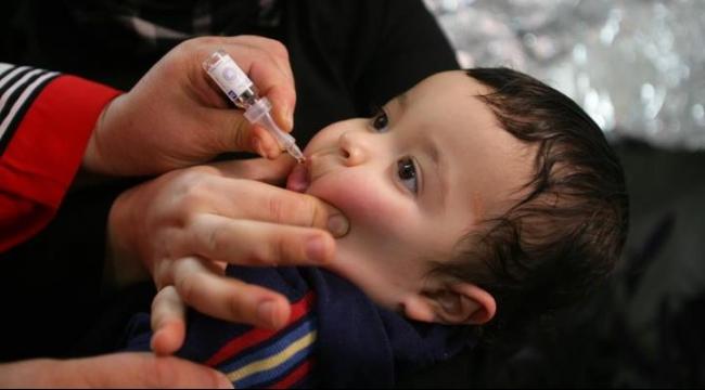 منظمة الصحة: حملة للقضاء على مرض شلل الأطفال