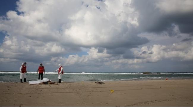 ليبيا: المياه تجرف 40 جئة إلى الشاطئ