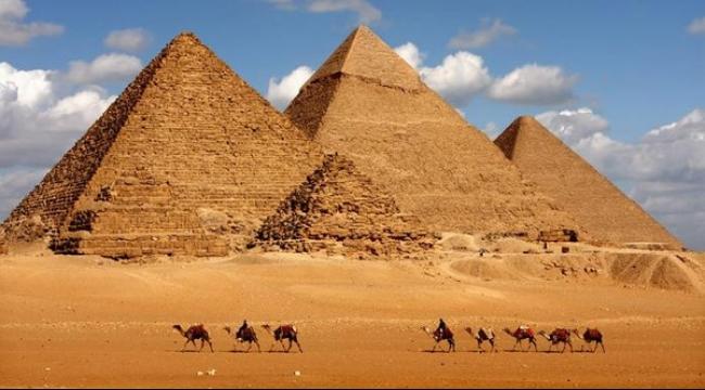 """عام 2016 """"استكشاف الأهرامات وأسرارها"""" في مصر"""
