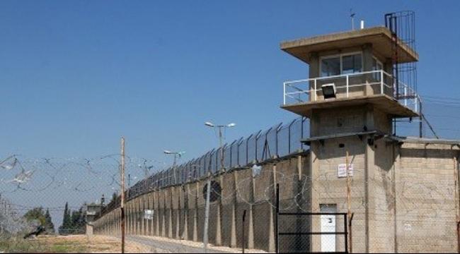 أحرار: تحويل 23 مقدسيا للاعتقال الإداري