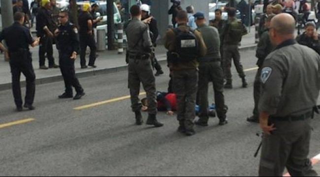 إصابة شاب بادعاء محاولة طعن مستوطنين في القدس