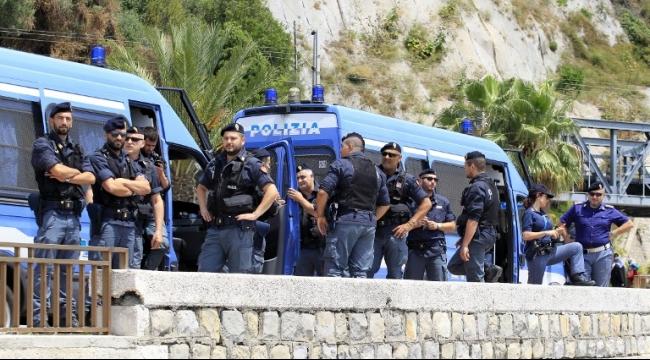 الشرطة الإيطالية تعتقل نشطاء منظمة فاشية جديدة