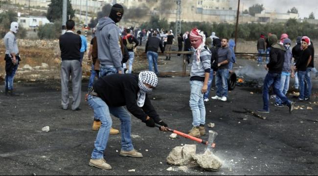 عقب تشييع جثامين الشهداء: إصابة العشرات في مواجهات مع الاحتلال