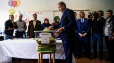 الانتخابات التركية: زعماء الأحزاب السياسية يدلون بأصواتهم