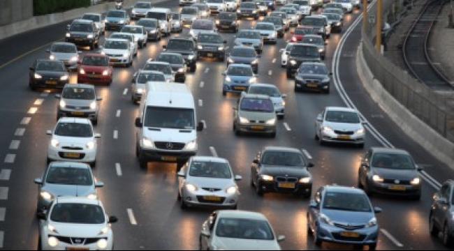 اليوم: بدء العمل بقانون إضاءة مصابيح السيارات