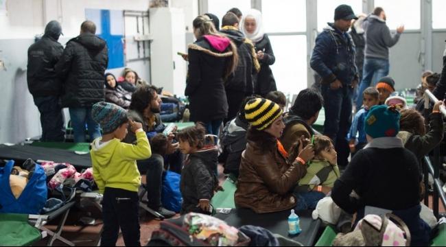 تراجع طفيف في تدفق اللاجئين بين ألمانيا والنمسا