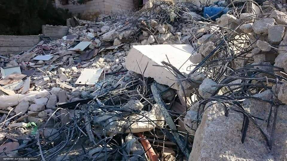 جرّافات الاحتلال تهدم أربعة منازل في القدس