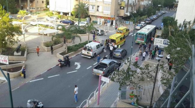 إصابة 3 إسرائيليين طعنًا في ريشون لتسيون... واعتقال المنفذ