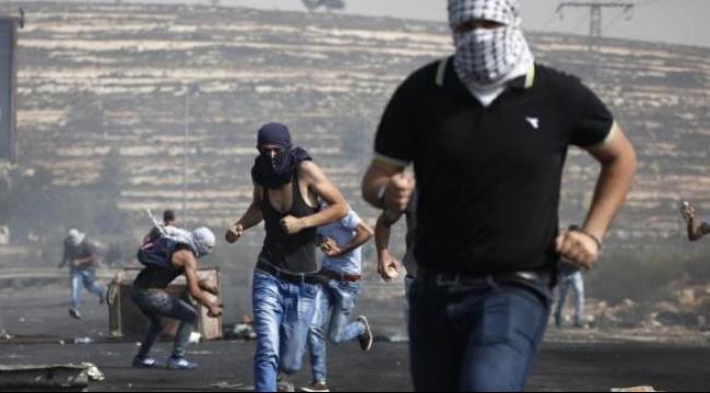 الخليل: الاحتلال يقتحم منطقة المدارس بصوريف واندلاع مواجهات