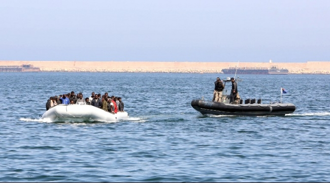 إنقاذ 26 لاجئا قبالة السواحل القبرصية