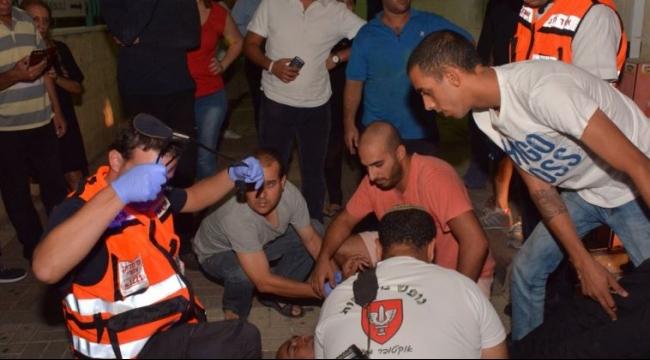 استطلاع: أغلبية الإسرائيليين يؤيدون قتل فلسطيني جريح بعد تنفيذ عملية