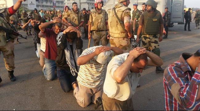 منظمة حقوقية: توثيق مقتل 330 شخصا في السجون المصرية