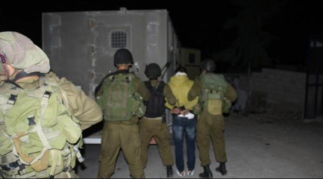 الاحتلال يشن حملة مداهمات واعتقالات في الخليل