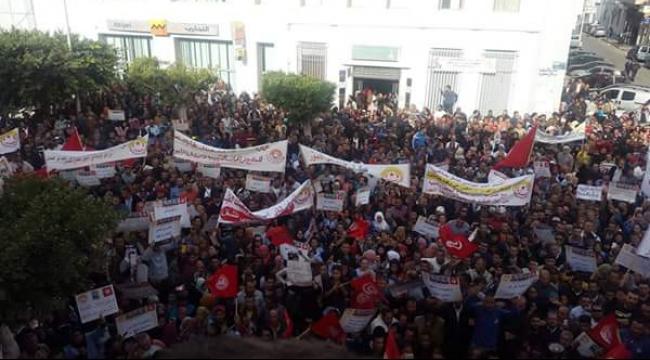 تونس: إضرابات عمالية احتجاجية على عدم زيادة الأجور