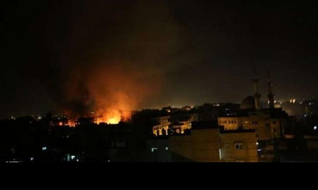 الاحتلال يقصف مخيّم المغازي في غزّة