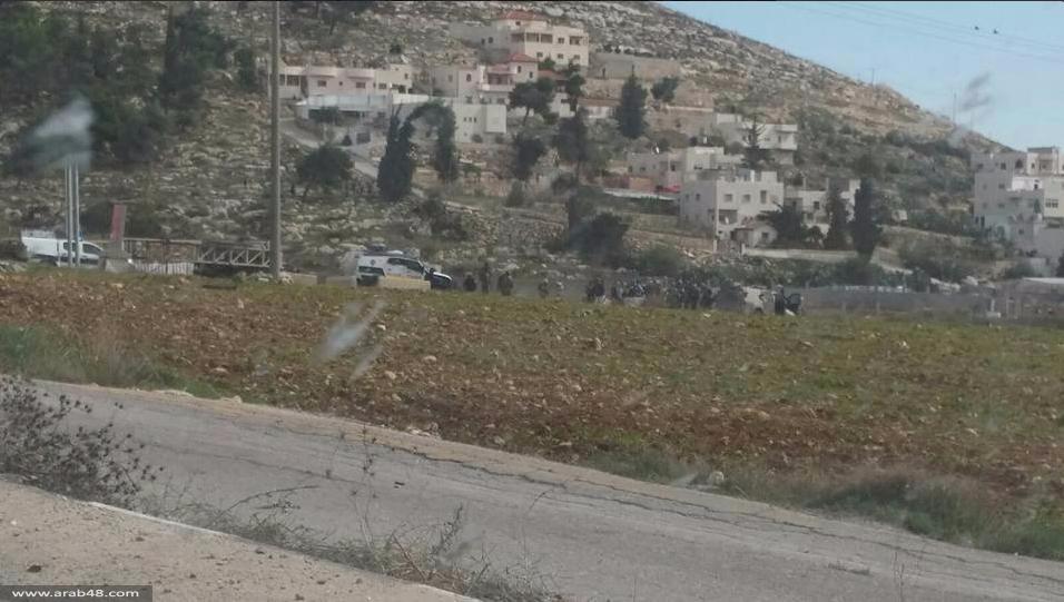 الخليل: شهيد فلسطيني وجندي مصاب في عملية طعن