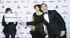 """باسم يوسف أول عربي يقدم حفل """"إيمي"""""""
