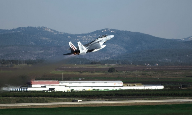 إسرائيل: لن نُسقط طائرة روسية حتى لو اخترقت أجواءنا