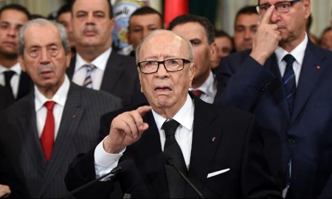 تونس: السبسي يدعو إلى مكافحة الإرهاب بالسلم الاجتماعي