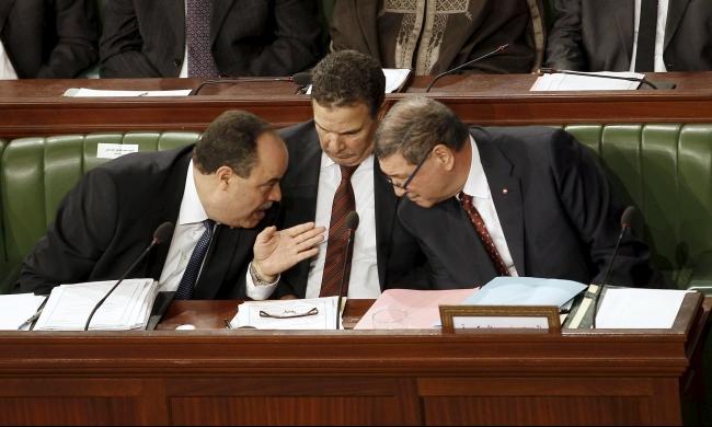 تونس: إقالة مسؤولين كبار على خلفية تفجيرات العاصمة