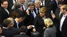 """البرلمان الألماني يصادق على العملية العسكرية ضد """"داعش"""" بسوريا"""