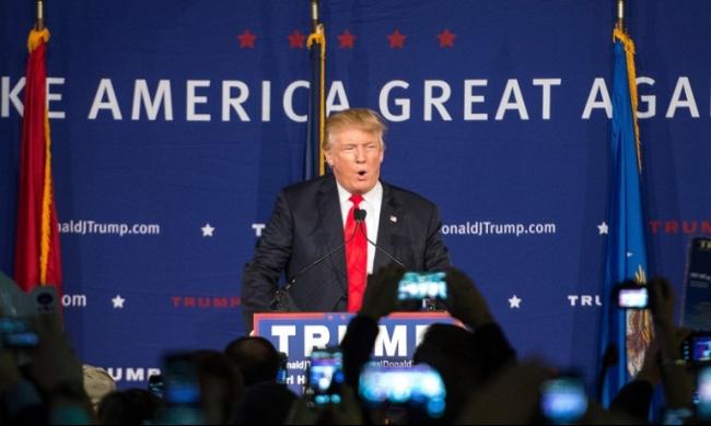 ترامب يدعو إلى عدم إدخال المسلمين للولايات المتحدة