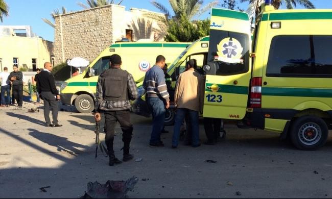 """""""ولاية سيناء"""" يتبنى استهداف 6 مدرعات للجيش"""