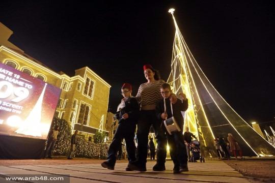 بعيدًا عن النزاعات والطائفية.. زينة الميلاد توحد اللبنانيين