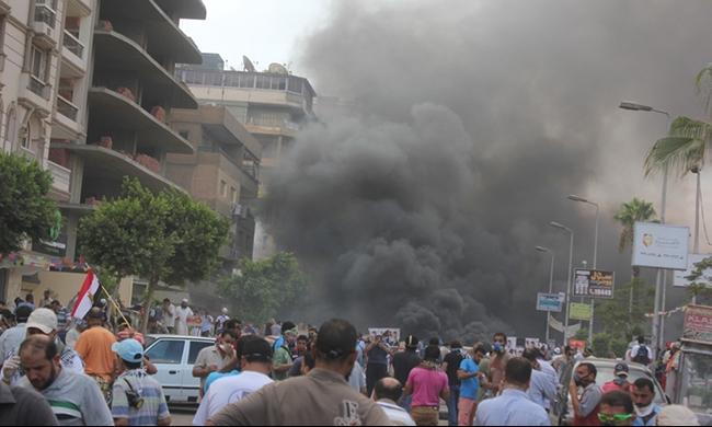 مصر: تأجيل قضية عن فض رابعة لضيق قفص الاتهام