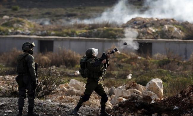 الضفة الغربية: مواجهات وإصابات بالرصاص الحي والمغلف بالمطاط