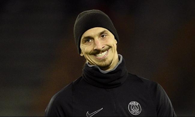 إبراهيموفيتش يختار أفضل 5 لاعبين في العالم!