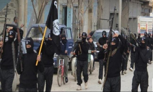 مخاوف من امتلاك داعش آلة لطباعة جوازات السفر