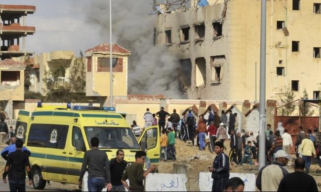 مصر: انفجار مدرعة للشرطة المصرية وسط العريش