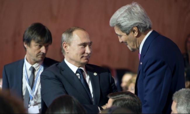 بوتين وكيري يبحثان الأزمة السورية في موسكو