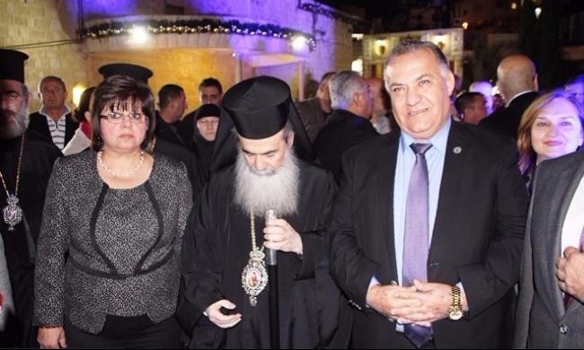 الناصرة: تبادل الاتهامات بعد إضاءة شجرة الميلاد يوتر أجواء العيد