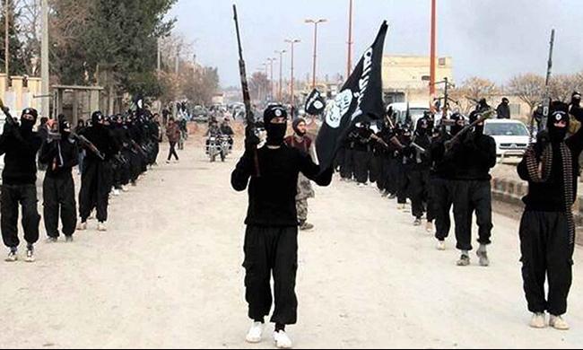 الولايات المتحدة تزود سوريين بالسلاح قبيل معركة مع داعش