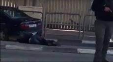 قلنديا: إصابة فلسطيني بنيران الاحتلال بادعاء تنفيذ عملية دهس