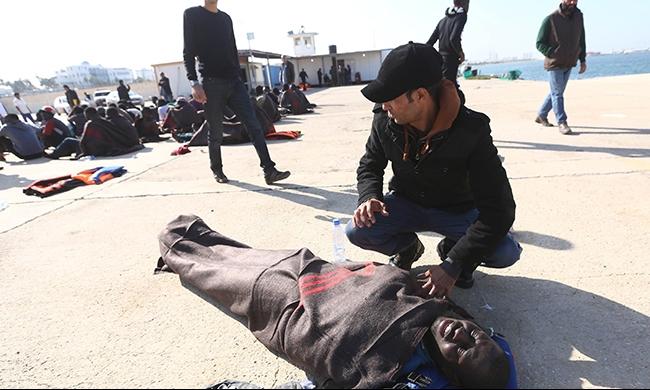 غرق وفقدان مهاجرين وإنقاذ آخرين قبالة ليبيا