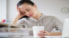 لماذا نشعر بالنعاس بعد ليلة نوم طويلة؟