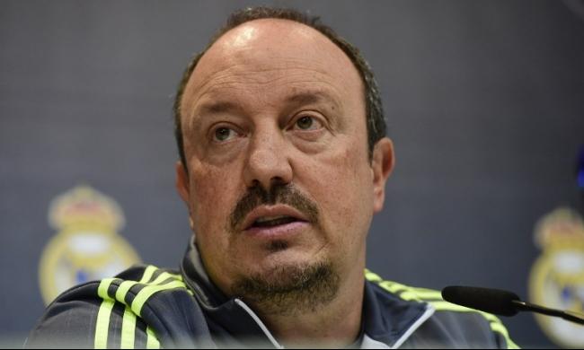أنباء عن إقالة بينيتيز وتعيين مورينيو خلفاً له