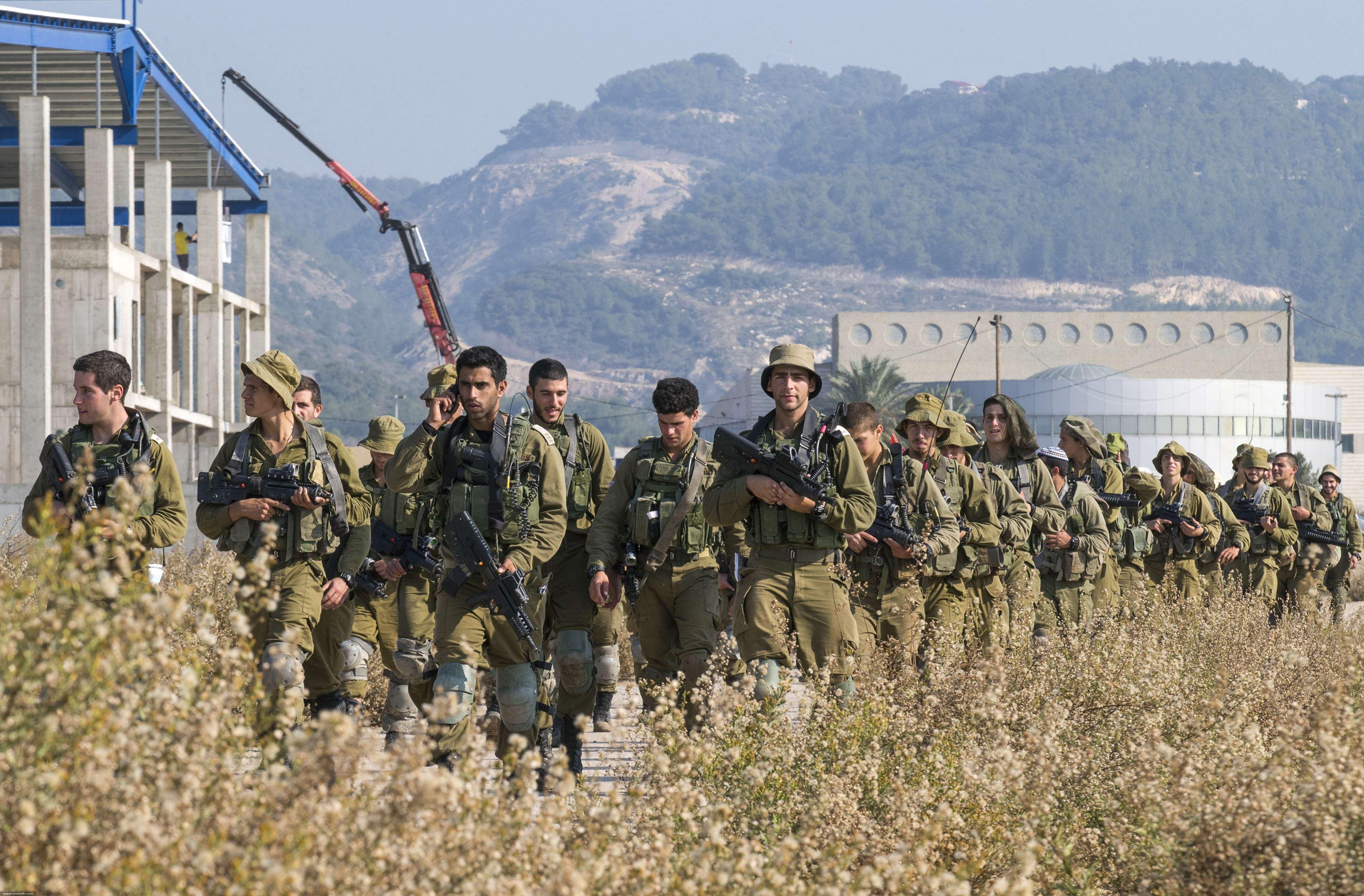 الجيش الإسرائيلي يعزّز قوّاته على الحدود مع لبنان