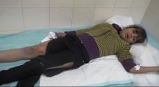الخليل: مستوطن وجنود الاحتلال يعتدون على أطفال