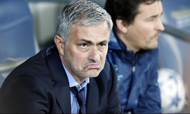 مورينيو يتلقى عرضاً لتدريب أسوأ فريق في العالم!